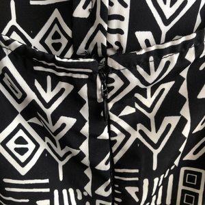 Forever 21 Dresses - Forever 21 Black/White Aztec Pattern Sundress